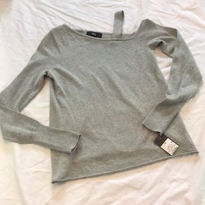 NWT Mossimo Gray off the shoulder knit sweater